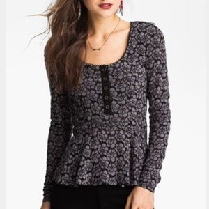 Free People floral lace peplum long sleeve top XS